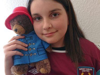 Oranienburg, Havelschule   Come on your Irons with Paddington. :)  I love London!