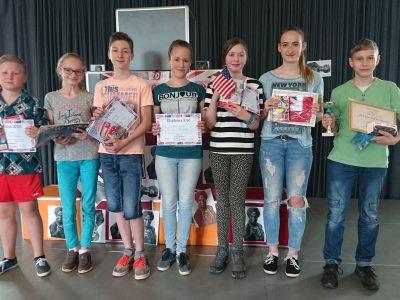 Zwickau Peter Breuer Gymnasium Klasse 6 Jonathan Häber gewinnt den fünften Platz im Bundesland Sachsen!