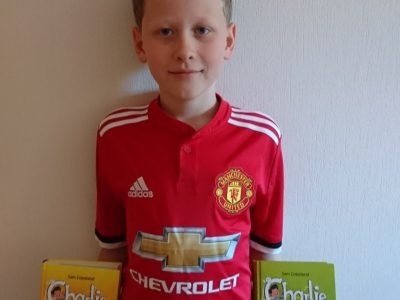 Glinde, Gymnasium Glinde Manchester United is reading the books from Sam Copeland (born in Manchester) :-)