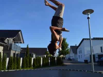 "Stadt Langenau, Robert-Bosch-Gymnasium, Kommentar: ""A cup of tea in the air."""