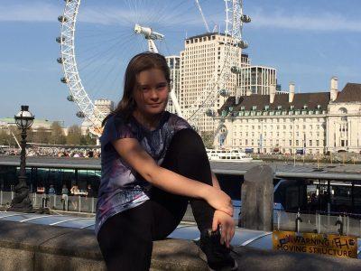Märkisches Gymnasium  Schwelm Ich habe dieses Bild in London mit dem London Eye gemacht. Ich dachte es würde sehr passen da es viel mit Englisch zu tun hat,weil es eben aus England kommt.