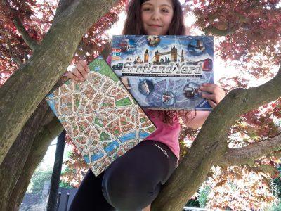Haltern am See                                                                                       Joseph-König-Gymnasium  Auf diesem Bild sieht man das Spiel Scotland Yard das in London spielt und mich als Mister X. Auf der Karte sieht man ein Teil von London.