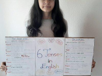 """Eitorf, Siegtal-Gymnasium  In diesem Foto sieht man mein Lernplakat """"6 Tenses in Englisch"""". Aber ich habe die 6. Zeit (will-future) noch nicht hinzugefügt."""