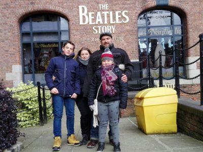 Haldensleben, Professor-Friedrich-Förster-Gymnasium Dort haben meine Familie und ich die wahre Geschichte der Beatles kennengelernt - Liverpool 2018