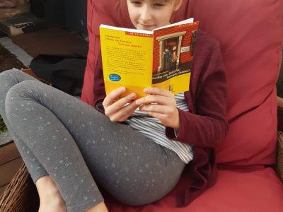 AEG Frankenthal - I like travelling, like the girl in the book!