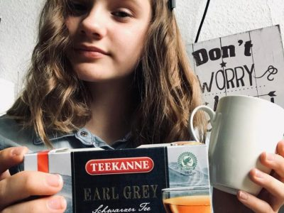 "Hartha 04746 Pestalozzi- Oberschule - Hartha "" It is tea time """