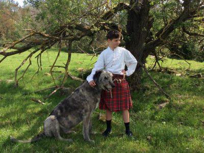 "Hildurghausen Gymnasium Georgianum Leonard Six, 7a ""Scottish People and his Greyhound"""