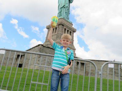 Stadt: Frechen Schule: Gymnasium Frechen  Das war mein erster Urlaub in Amerika. Ich habe mit meiner Familie New York besucht und mir die Lady Liberty angeschaut. Sie war riesengroß.