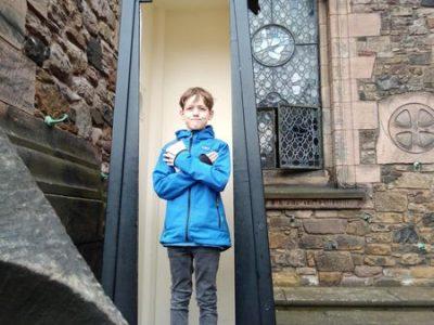 Stadt:Ravensburg, Schule:  Bildungszentrum St. Konrad, Gymnasium Das war im Urlaub 2018 in Stirling, Schottland, Stirling Castle, im Wachhäusle und ich habe Queen Mary gut bewacht!