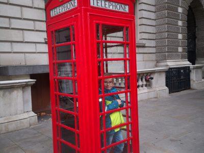 Albert-Schweitzer-Gymnasium Sömmerda  Schnappschuss aus London in einer typischen Telefonzelle :-)
