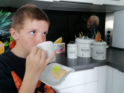 Freital, Gymnasium Wilsdruff I am drinking a cup of tea in my kitchen like Britains do in the afternoon.