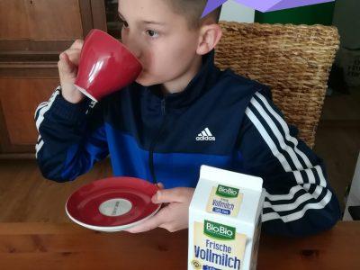 "Gymnasium Wilsdruff, Stadt Freital, ""It's tea time with milk!"""