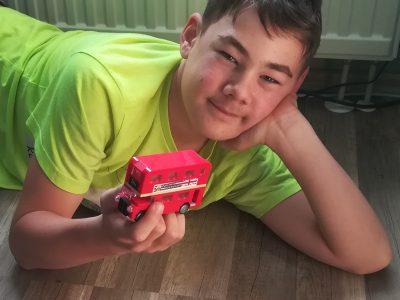Oberkochen Ernst Abbe Gymnasium   Mein Lego Great Britain Doppeldeckerbus der der mich durch die Challenge begleitet hat.