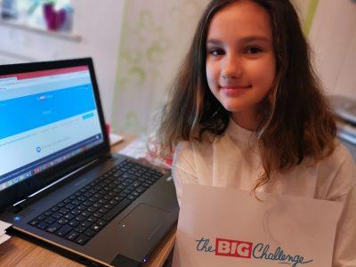 Hallo ich bin die Alica und gehe auf das Gymnasium Georgianum in Hildburghausen. Ich gehe in die 5b und hatte sehr viel Spaß an der Challenge.