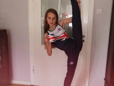 Moers, Gymnasium in den Filder Benden, I love acrobaticas and I love Great Britain. Yours Florentine Paschke