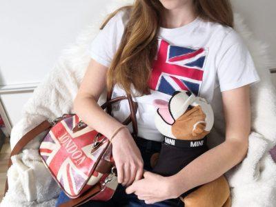 Offenburg Klosterschulen u .Lb. Frau   Das sind meine englischen Lieblingssachen, meine London-Handtasche und meine englische Plüsch-Bulldogge.