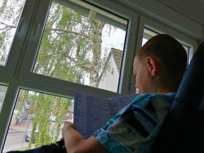Statd: Bedburg Schule: Silverberg Gymnasium   Der schöne Ausblick beim Vokabeln lernen