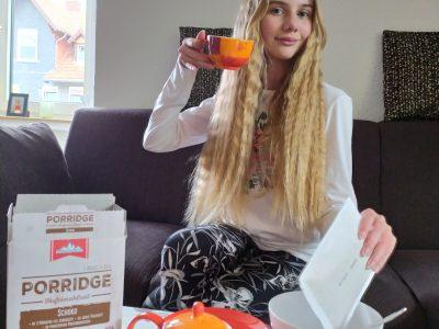 Eschwege Friedrich-Wilhelm-Schule   Ich esse jeden Morgen mein Porridge und trinke einen leckeren, englischen Tee. Dabei träume ich von London und hoffe, diese Stadt bald besuchen zu können.