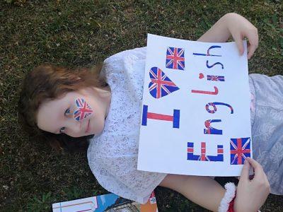 Gesamtschule Emmerich   I love English because it is my favorite subject.  Ich liebe Englisch, weil es mein Lieblingsfach ist