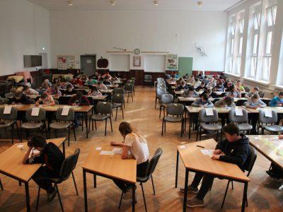"""Grundschule """"Lenné"""" Frankfurt (Oder)  Zum vierten Mal erwarteten Schüler unserer 5. Und 6. Klassen den 3. Mai 2018, den großen """"Big Challenge Tag"""" und lösten die 45 Fragen. Wir sind gespannt auf die Ergebnisse."""