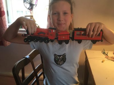 Freigericht , Kopernikusschule  Me and my Hogwarts Express hope we'll win this challenge for our school. I like England and Harry Potter. After Corona I want to visit England. Philine