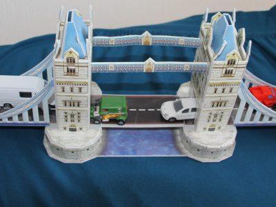 53773 Hennef  Gesamtschule Meiersheide Autos auf der Londoner Brücke