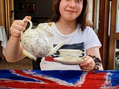 "Carl-Friedrich-Gauß Schule Groß Schneen  ""Tea Time""  /Users/thomas/Pictures/Fotos-Mediathek.photoslibrary/Masters/2020/05/21/20200521-152419/IMG_4242.JPG"