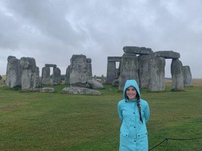 Markkleeberg, Rudolf-Hildebrand-Schule Stonehenge in the rain. (Nothing is more English then rain.)