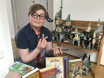 Hamburg, Gymnasium Bornbrook  HARRY POTTER - my favourite wizard comes from England!