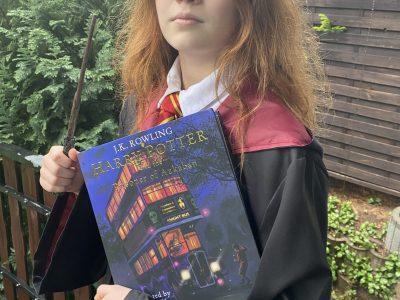 -Pforzheim-Reuchlin gymnasium- Das klassische Harry-Potter auf Englisch aus England. Englischer geht's nicht!