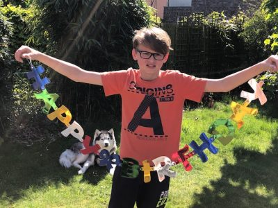 Recklinghausen, Hittorf Gymnasium. Meine Bruder ist gestern 9 Jahre alt geworden und so haben wir ihn gefeiert - inklusive Hunde als Geburtstagsgast!