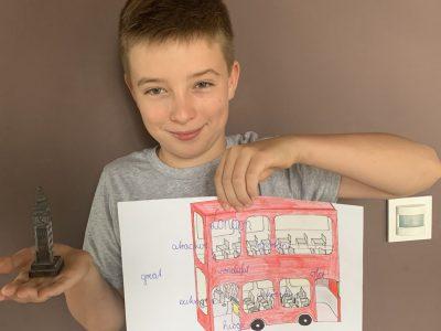 Jena, Carl-Zeiss-Gymnasium Mein Londoner Bus + mein erstes Geschenk aus London.