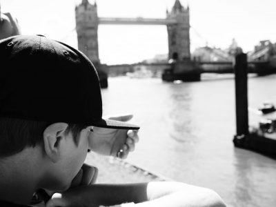 Weissach, Bildungszentrum Weissach im Tal, Ivo Ries Hallo Big Challenge Jury, dieses Bild ist von unserer Englandreise von 2016. Dort stehe ich in London mit meiner Familie an der Themse und schaue auf die Tower Bridge. Liebe Grüße, Ivo Ries