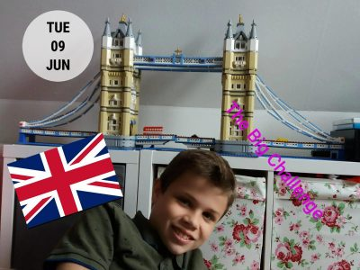 KGS Rastede. The BIG Challenge vor der BIG Lego Tower Bridge.