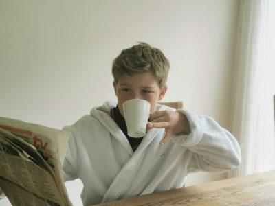Neuburg. Descartes Gymnasium.  It´s 5 pm. Tea time!