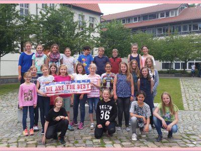 NIEDERSORBISCHES GYMNASIUM COTTBUS Die gesamte Klasse 5A beteiligte sich an TBC. Sie freuten sich sehr über die zahlreichen Preise. Congratulations!