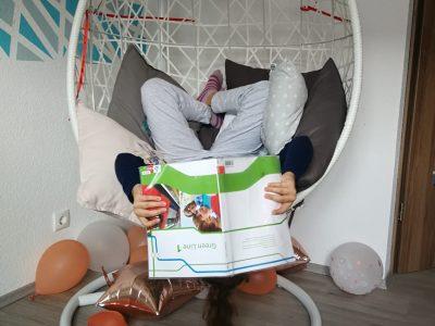 Koblenz, Hilda-Gymnasium  When i´m learning english, my world is upside down!