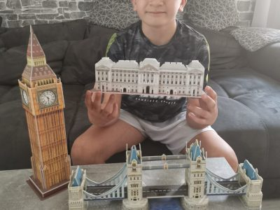 Haltern, Alexander-Lebenstei- Realschule Haltern  Hi! I am Luca. I`m Eleven years old. At the Picture you can see the Big Ben, the Tower Bridge and the Buckingham Palast. I like my english lessons at my School.
