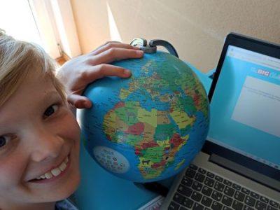 Stay at home- Aber mit dem Globus kann ich trotzdem ganz schnell in andere Länder reisen!  Mörike Gymnasium, Göppingen
