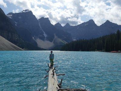 Kirchheim, Gymnasium Kirchheim Dies ist ein Bild von mir vor dem Moraine Lake in Kanada, einem der bekanntesten Seen der Welt. Meine Großeltern leben dort in der nähe