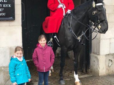 Havixbeck    AFG-Havixbeck-Billerbeck   Wir waren in London und haben uns  mit einem Soldat der königlichen Pferdewache fotografiert .