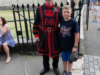 Gymnasium Essen Überruhr  Das Bild entstand 2019 am Tower of London.