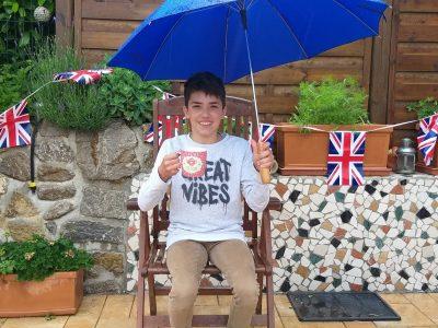 KELKHEIM, Schiwy, Diego Tea Time bei Regen in Kelkheim