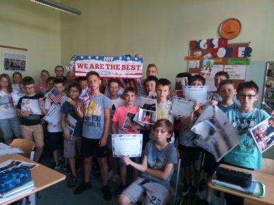 Riesa / Sachsen Werner-Heisenberg-Gymnasium Die Klasse 5 b S nahm geschlossen am Wettbewerb teil, bei der Preisverleihung waren das Staunen und die Freude groß.