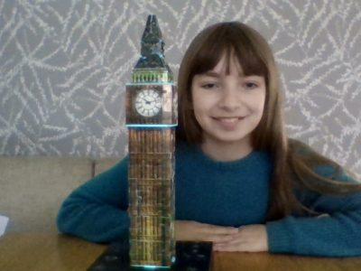Hallo, ich bin Franziska, ich gehe auf das Gymnasium St. Michael in Paderborn! Ich möchte gerne mal nach London reisen und mir den Big Ben anschauen.  Viele Grüße