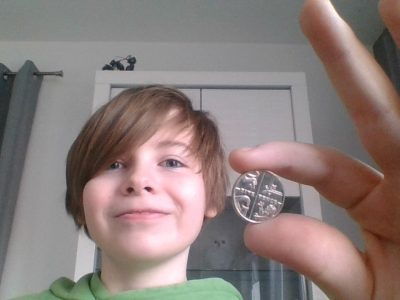 Diese Münze bekam ich vor 5 jahren und habe sie als errinerung behalten und hat einen emotionalen wert für mich   Schule:Realschule st.martin  Stadt:SendenHorst