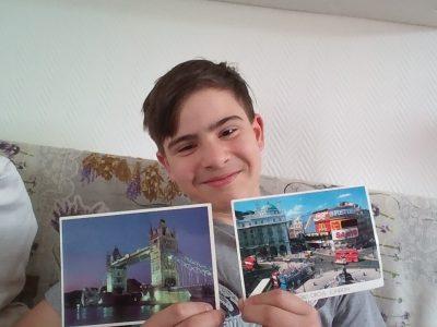 Paderborn, St.Michael Gymnasium, Vincent Reduch, Postkarten sind die besten Andenken aus dem Urlaub