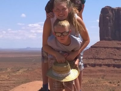 Waltershausen, Salzmannschule Schnepfental These are my siblings and me at Monument Valley in the United States of Amerika. My family was there in 2017. LG Richard Friedrich Leutritz