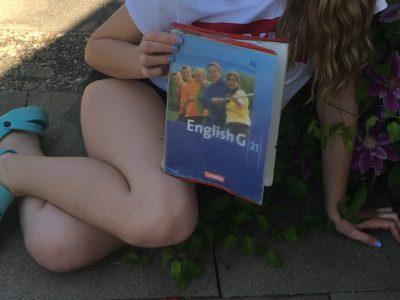 Auguste-Pattberg-Gymnasium Mosbach  Die Legosteine meiner Schwester mussten für die England Flagge herhalten ;-)