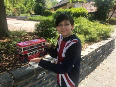 Konz - Gymnasium Konz  Ich will wenn ich groß bin in England studieren und dann meinen Freund Francisco besuchen.